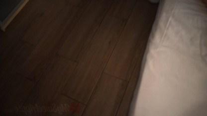 Брат трогал киску спящей сестренки и она проснулась, ради инцеста с ним
